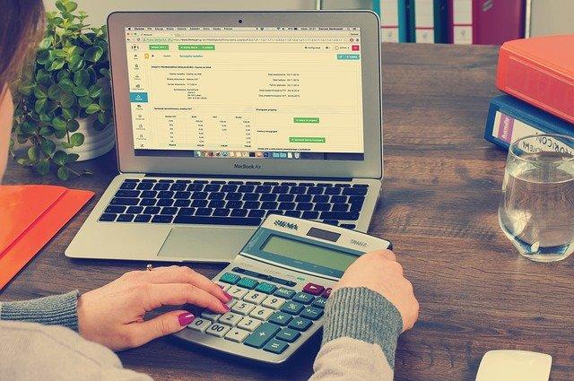 ブログで副収入を得るための手順やコツを紹介【まずはお小遣いを】